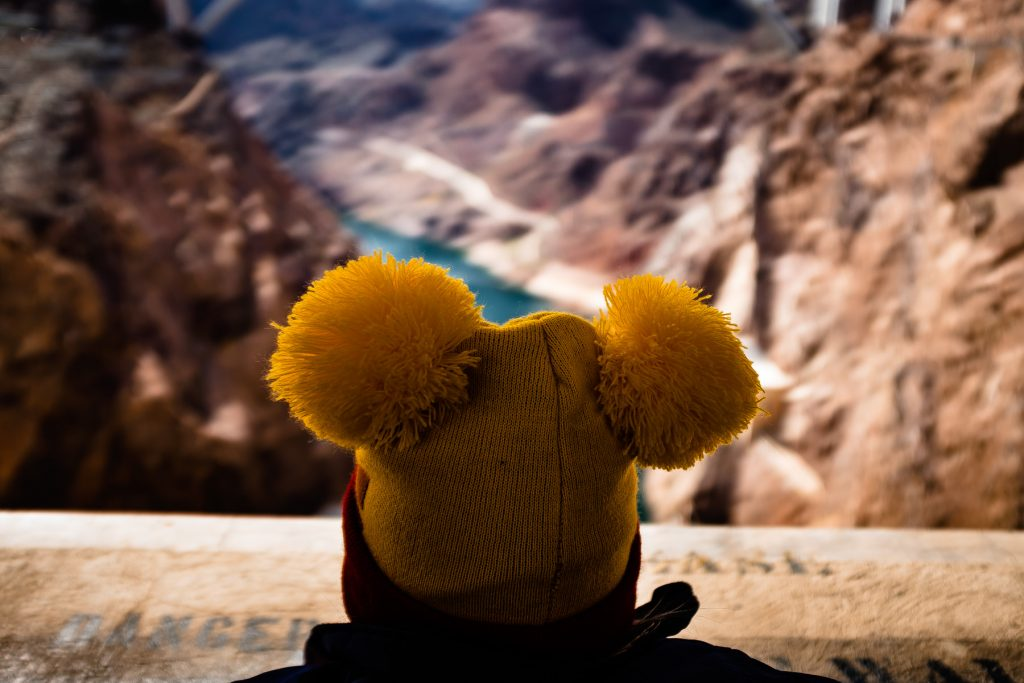 daniel tiger hat at hoover dam