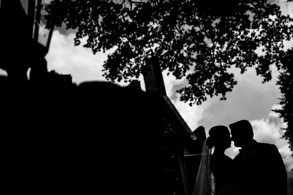 Carolina Inn Silhouette