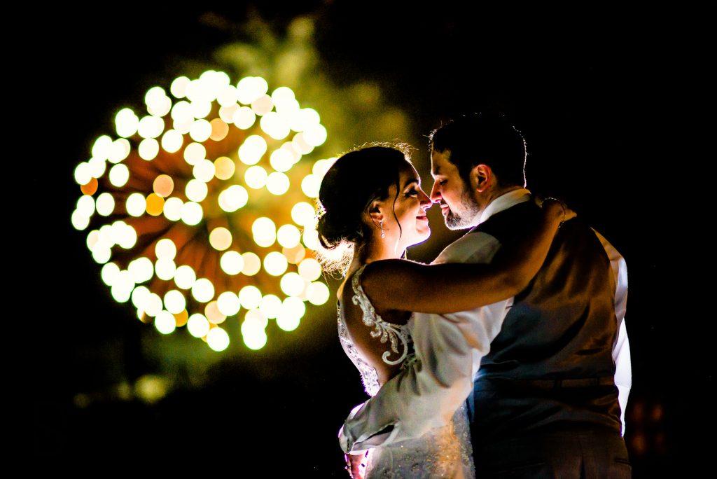 MagGrid Wedding Photo Fireworks
