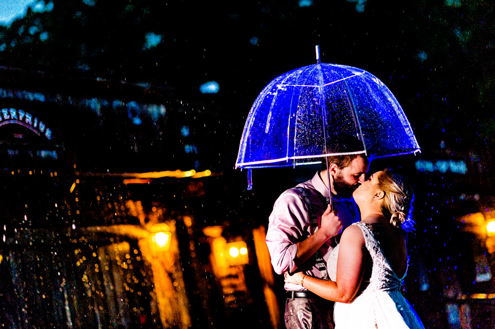 rainy wedding day at circle m city